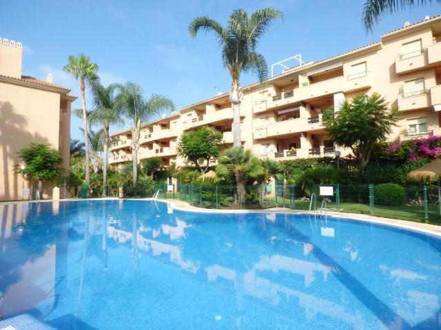 Imagen 1 Inmueble 242970 - Apto. Playa en venta en Marbella / Cabopino, Residencial Las dunas de Carib Playa.