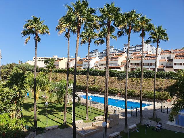 Imagen 1 Inmueble 245866 - Apto. Playa en venta en Fuengirola / Edificio Myramar Las Palmeras.