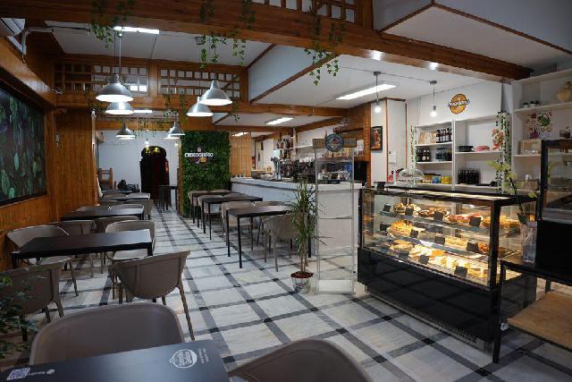 Imagen 1 Inmueble 250703 - Local Comercial en venta en Málaga / Zona Barrio El Torcal