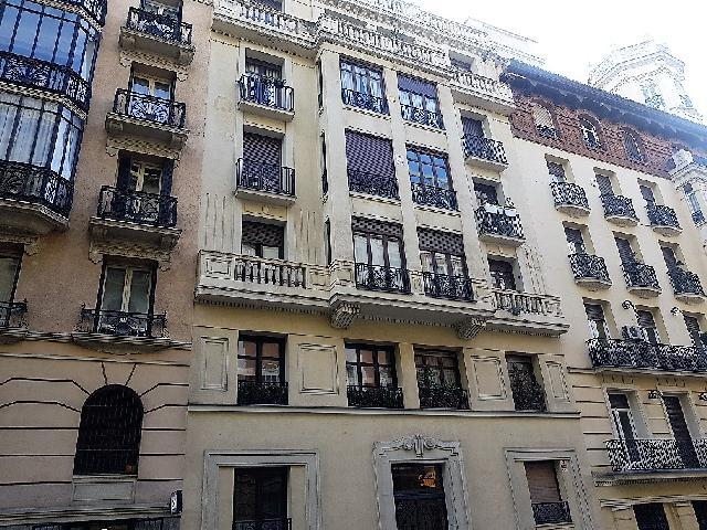 Imagen 1 Inmueble 236376 - Piso en venta en Madrid / Con vistas al Parque del Retiro