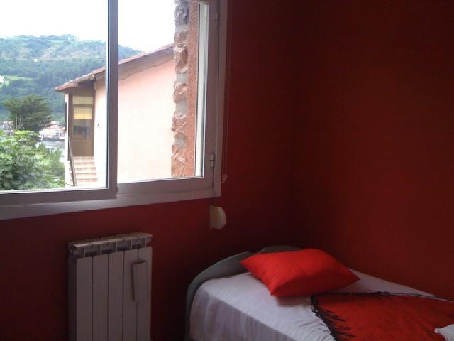 10646 - Camino de Berra (Zona polideportivo Alza)