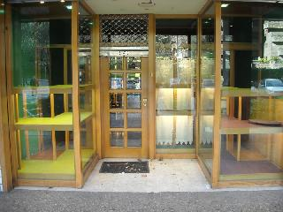 Imagen 1 Inmueble 10734 - Local Comercial en alquiler en San Sebastián / Pº MIKELETES-ANTIGUO