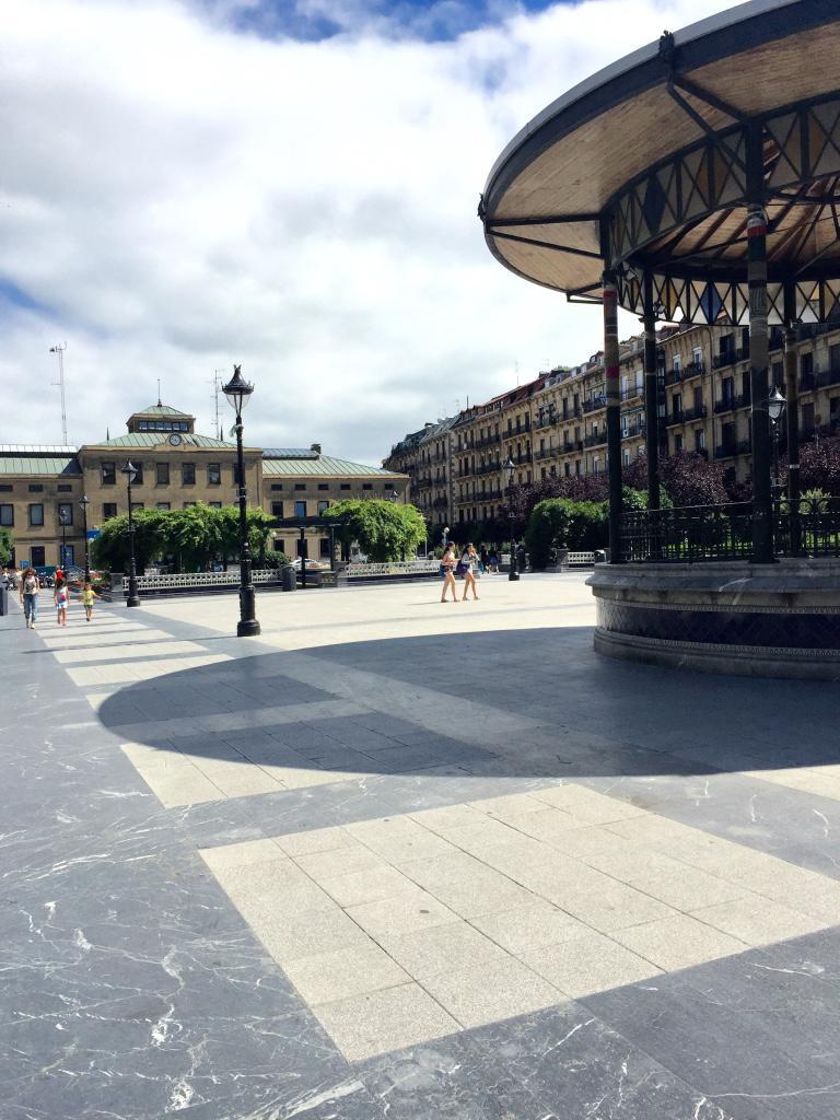 66987 - Calle Amara-Cercano a plaza Easo (euskotren)