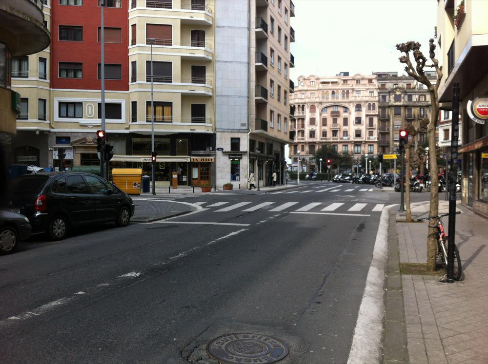 Imagen 3 Local Comercial en venta en San Sebastián / Gros-Local apto para cualquier negocio-Zona de paso