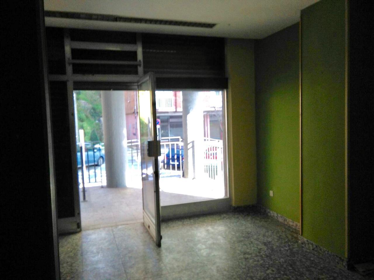 Imagen 1 Local Comercial en venta en San Sebastián / Bertsolari Txirrita - Larratxo - Donostia-San ...
