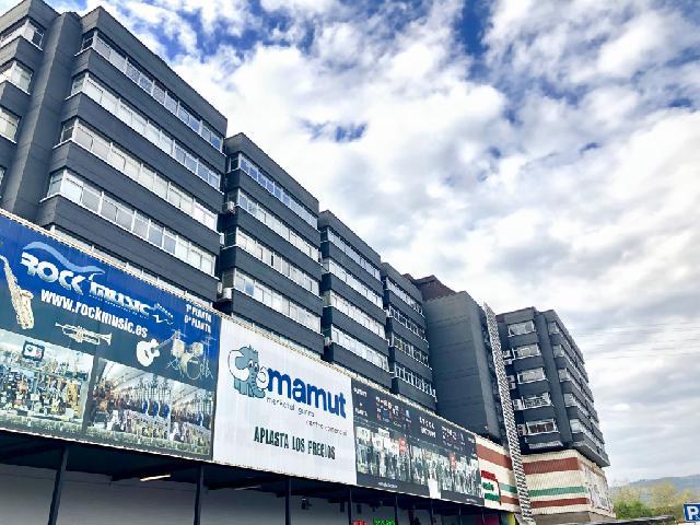 Imagen 1 Inmueble 223789 - Oficina Comercial en venta en Astigarraga / Astigarragako bidea-Edificio de oficinas Mamut...