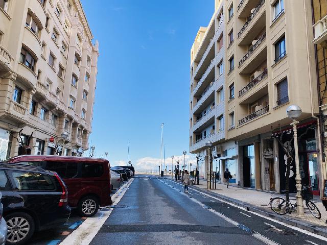 Imagen 1 Inmueble 234862 - Local Industrial en venta en Donostia-San Sebastián / Ramón y Cajal-Gros-Donostia