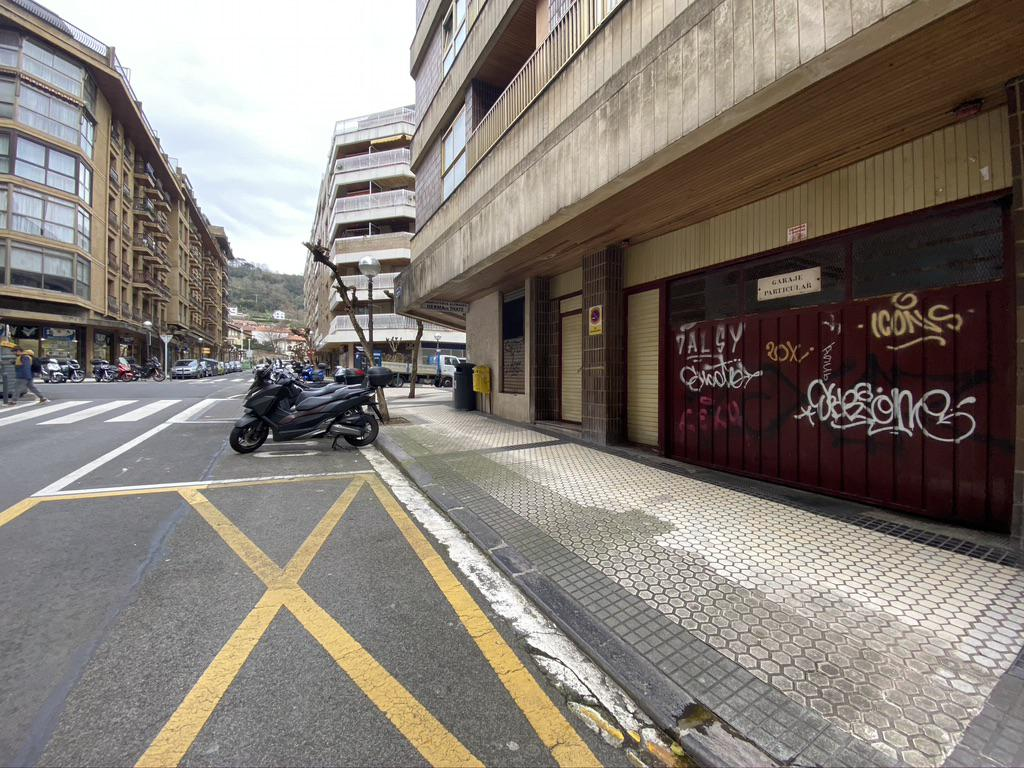 Imagen 4 Parking Coche en venta en Donostia-San Sebastián / José Arana-Gros-Donostia