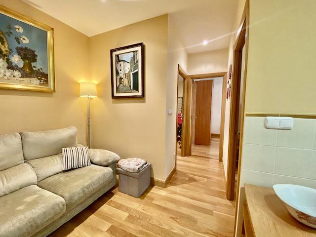 Imagen 2 Piso en venta en Donostia-San Sebastián / San Frantzisko Kalea-Gros-Donostia