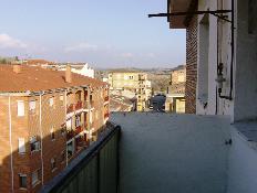 113253 - Piso en alquiler en Monz�n / Piso en zona muy tranquila , bien situado .