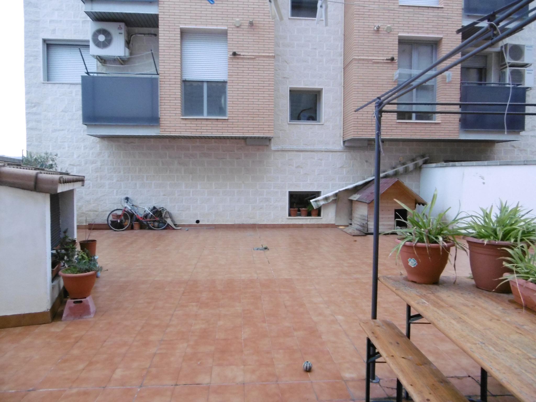 153690 - Plaza Hilanderas