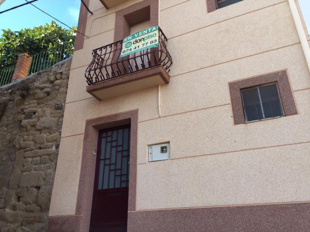 Imagen 1 Inmueble 193344 - Casa en venta en Peralta De Calasanz / Zona alta de Peralta de Calasanz