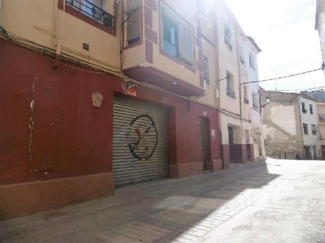 Imagen 1 Inmueble 225398 - Local Comercial en venta en Monzón / Cercano al Ayuntamiento.