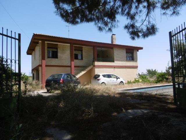 Imagen 1 Inmueble 227000 - Casa Aislada en venta en Alcolea De Cinca / Carretera Selgua - Monzón