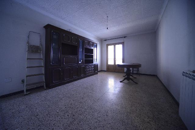 Imagen 1 Inmueble 239891 - Casa en venta en Belver De Cinca / Centro de Belver, junto a Plaza Santa Ana
