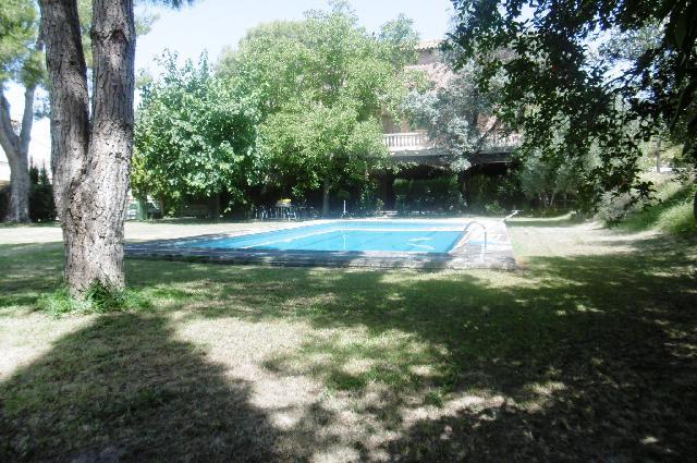 Imagen 1 Inmueble 240000 - Casa en venta en Fonz / Zona a las afueras de Cofita.