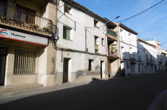 Imagen 1 Inmueble 243797 - Casa en venta en Albalate De Cinca / Centro de la población, junto a carretera de Alcolea.