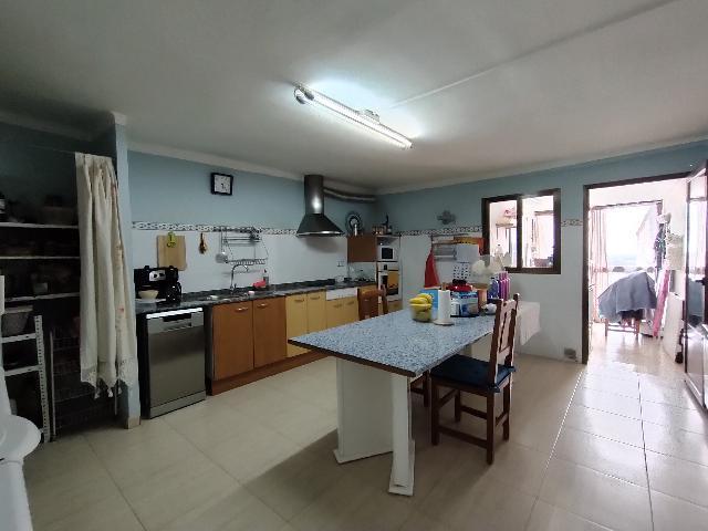 Imagen 1 Inmueble 252743 - Casa Adosada en venta en Castejón Del Puente / Centro de Castejón del Puente