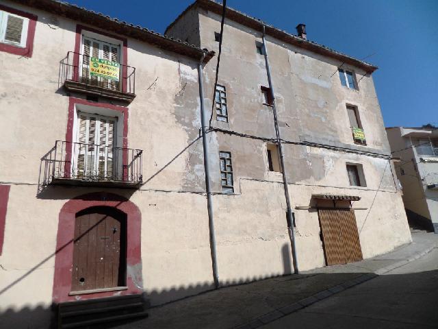 Imagen 1 Inmueble 220738 - Casa en venta en Castillonroy / Junto al Local Social