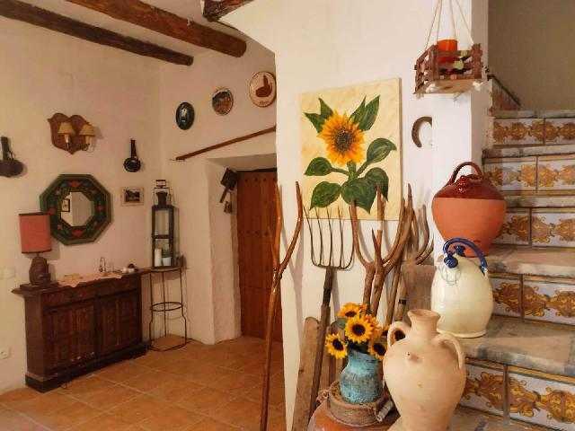 Imagen 1 Inmueble 227866 - Casa en venta en Alcampell / Zona centro de la población.