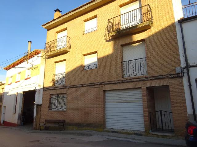 Imagen 1 Inmueble 237564 - Casa en venta en Binaced / Centro de la población