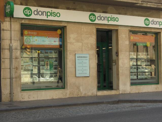 40582 - En el pueblo de Ponzano.