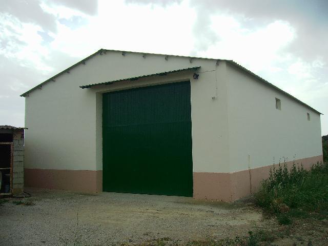Imagen 1 Inmueble 122403 - Local Industrial en venta en Barbastro / En la entrada al pueblo de Cregenzán