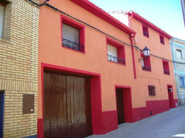Imagen 1 Inmueble 124485 - Casa en venta en Laluenga / En la parte este del pueblo de Laluenga.