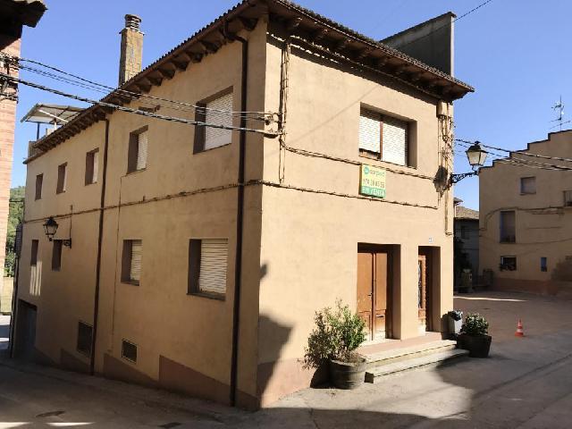 Imagen 1 Inmueble 154694 - Casa Adosada en venta en Pozán De Vero / Situada en Huerta de Vero