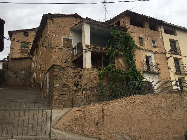 Imagen 1 Inmueble 183944 - Casa Adosada en venta en Pozán De Vero / Junto al ayuntamiento en Huerta de Vero