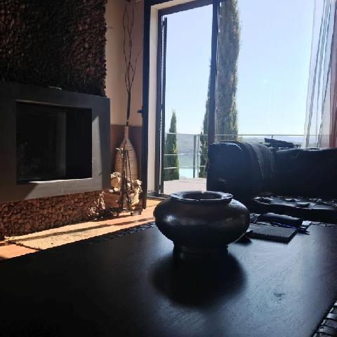 Imagen 1 Inmueble 222862 - Casa Aislada en venta en Puebla De Castro (La) / Urbanización lago de Barasona