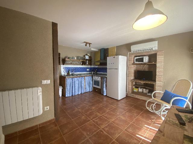 Imagen 1 Inmueble 241193 - Casa en venta en Salas Bajas / Situada en Salas Bajas en la calle Mayor