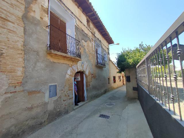 Imagen 1 Inmueble 241781 - Casa Pareada en venta en Santa María De Dulcis / Buera en frente del molino
