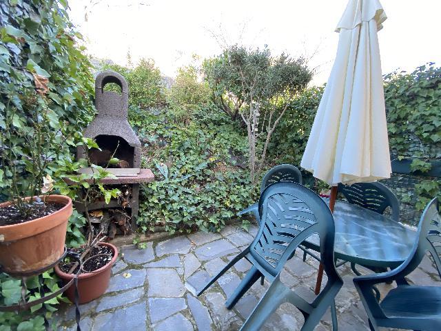Imagen 1 Inmueble 243735 - Casa Adosada en venta en Barbastro / Situado en el barrio de Bella Vista