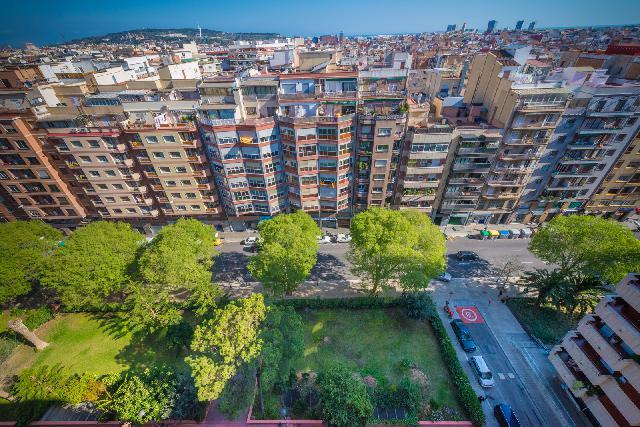 Imagen 1 Inmueble 152882 - Piso en venta en Barcelona / Travessera de les Corts - Nou Camp