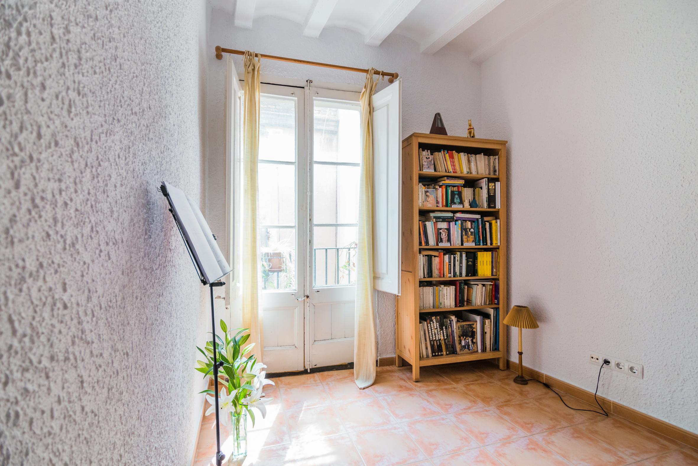 Imagen 4 Apartamento en venta en Barcelona / Calle Timo con Calle Milans Barrio Gótico