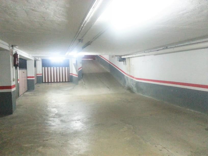 Imagen 3 Parking Coche en venta en Ermua / Zona antigüo mercadillo