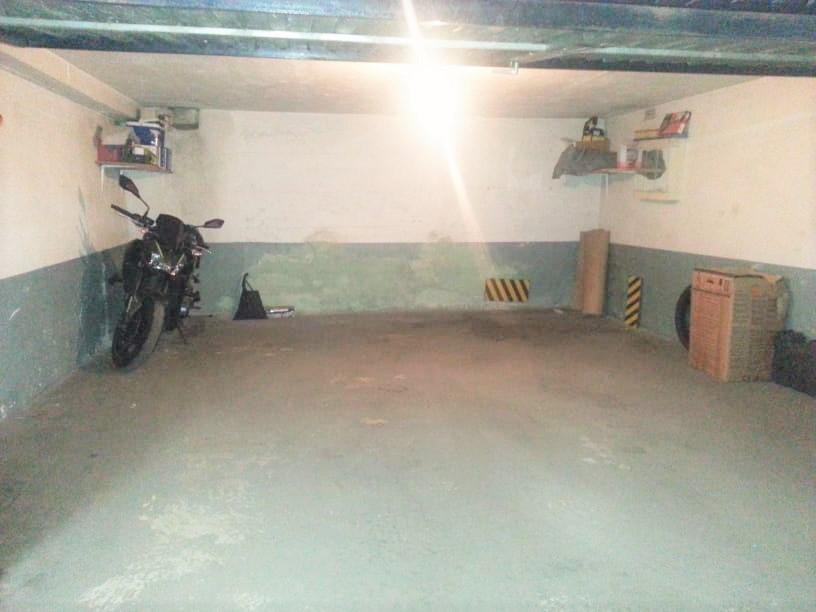 Imagen 1 Parking Coche en venta en Ermua / Zona antigüo mercadillo
