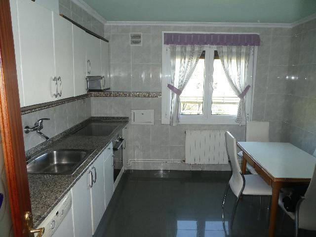 Imagen 1 Inmueble 237437 - Piso en venta en Eibar / Zona     Ipurua