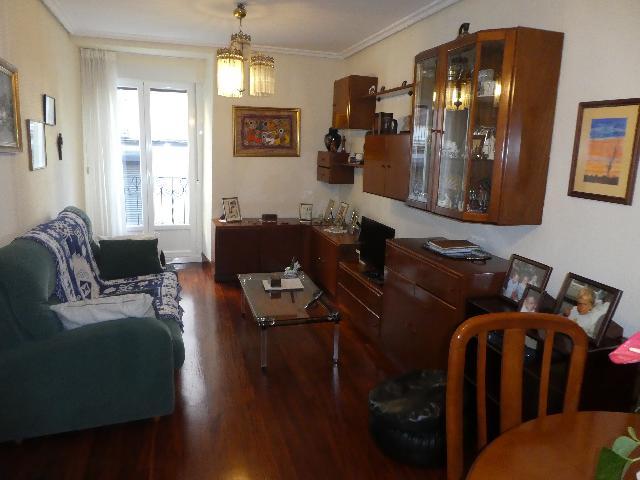 Imagen 1 Inmueble 240691 - Piso en venta en Eibar / Zona     Urkizu