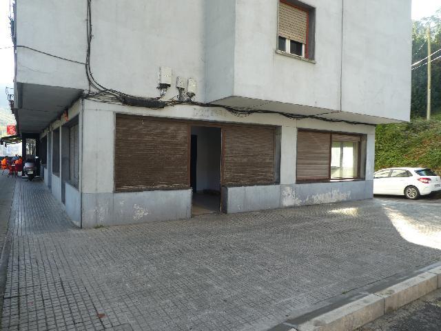 Imagen 1 Inmueble 242867 - Local Comercial en venta en Elgoibar / Zona San Antolin