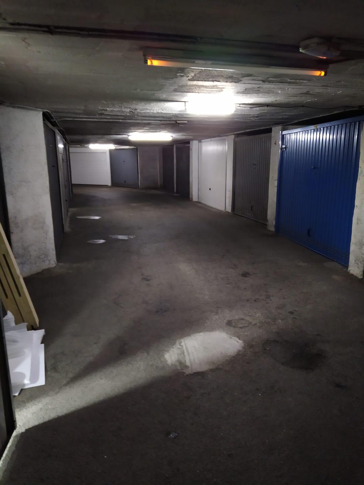 Imagen 2 Parking Coche en venta en Eibar / Zona Ipurua - Abontza