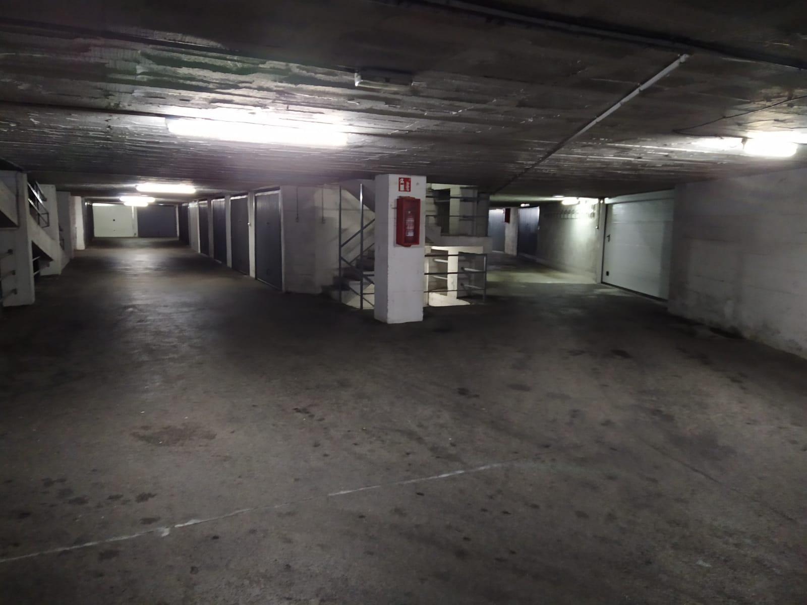 Imagen 3 Parking Coche en venta en Eibar / Zona Ipurua - Abontza