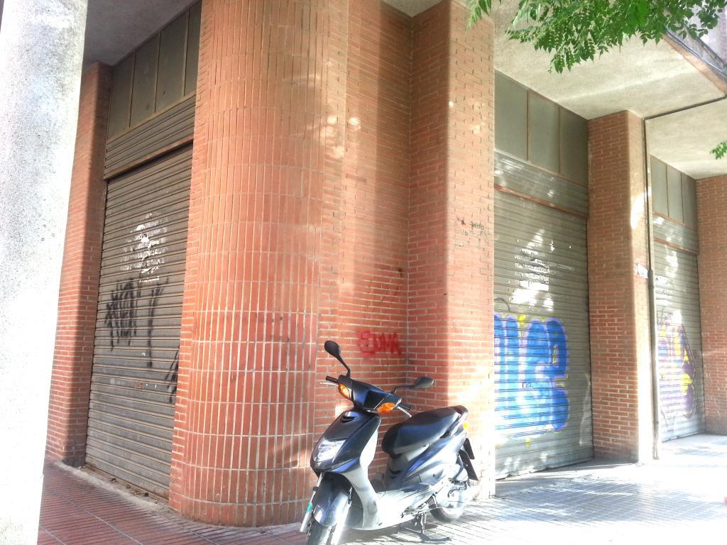 126896 - Local en Pardiñas. Detrás de la estación de Ave.
