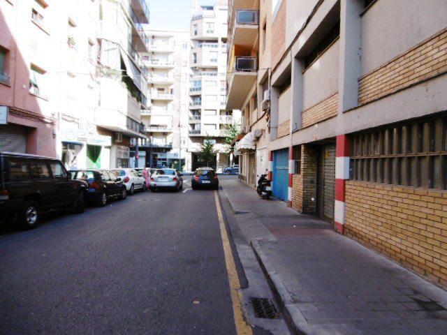 Imagen 4 Parking Coche en venta en Lleida / Junto al Hospital Arnau de Vilanova