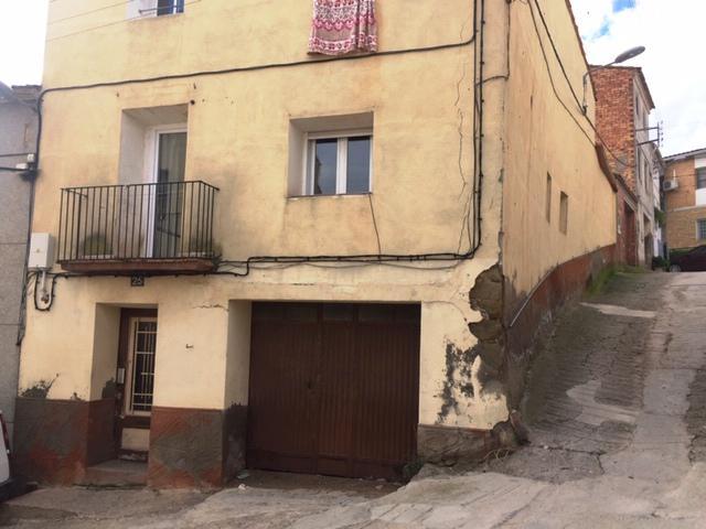 Imagen 1 Inmueble 216770 - Casa en venta en Soses / En el centro de Soses.