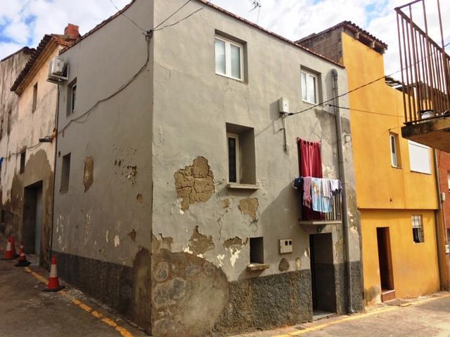 Imagen 1 Inmueble 216778 - Casa en venta en Soses / En el pueblo de Soses.