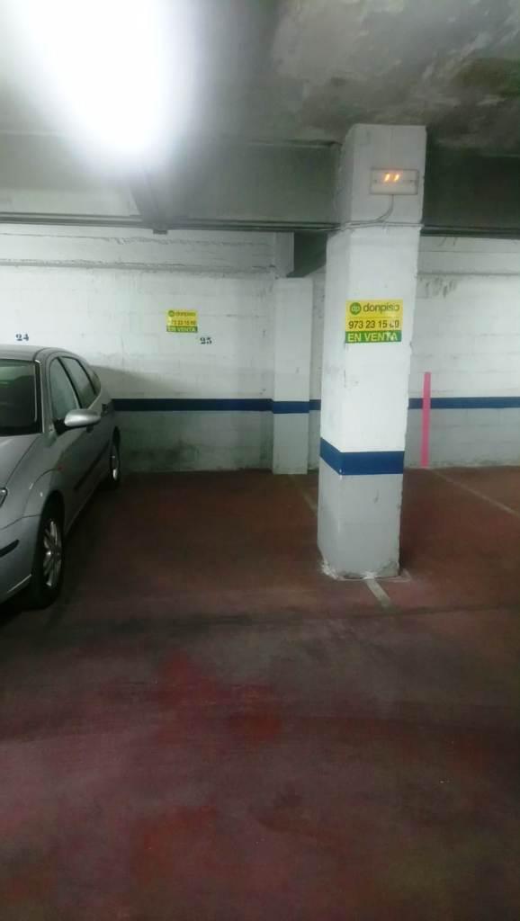 Imagen 2 Parking Coche en venta en Lleida / Zona alta, carrer Sants i Ribes 5