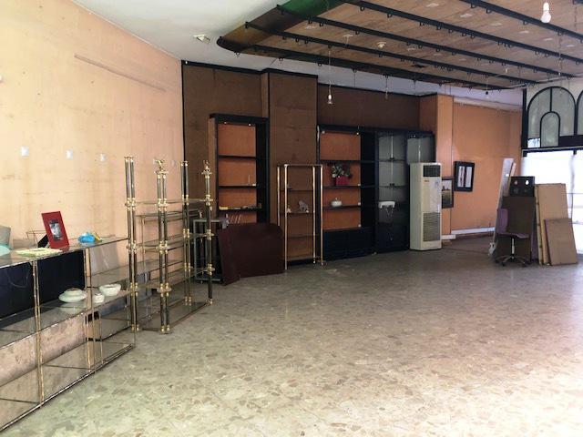 Imagen 1 Inmueble 236332 - Local Comercial en venta en Lleida / Passeig de Ronda.