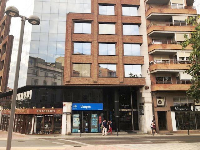 Imagen 1 Inmueble 242455 - Oficina Comercial en alquiler en Lleida / Zona alta. Calle Vallcalent.